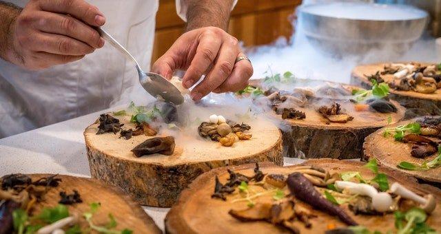 Publicité pour restaurant : 5 astuces pour attirer des clients en 2020